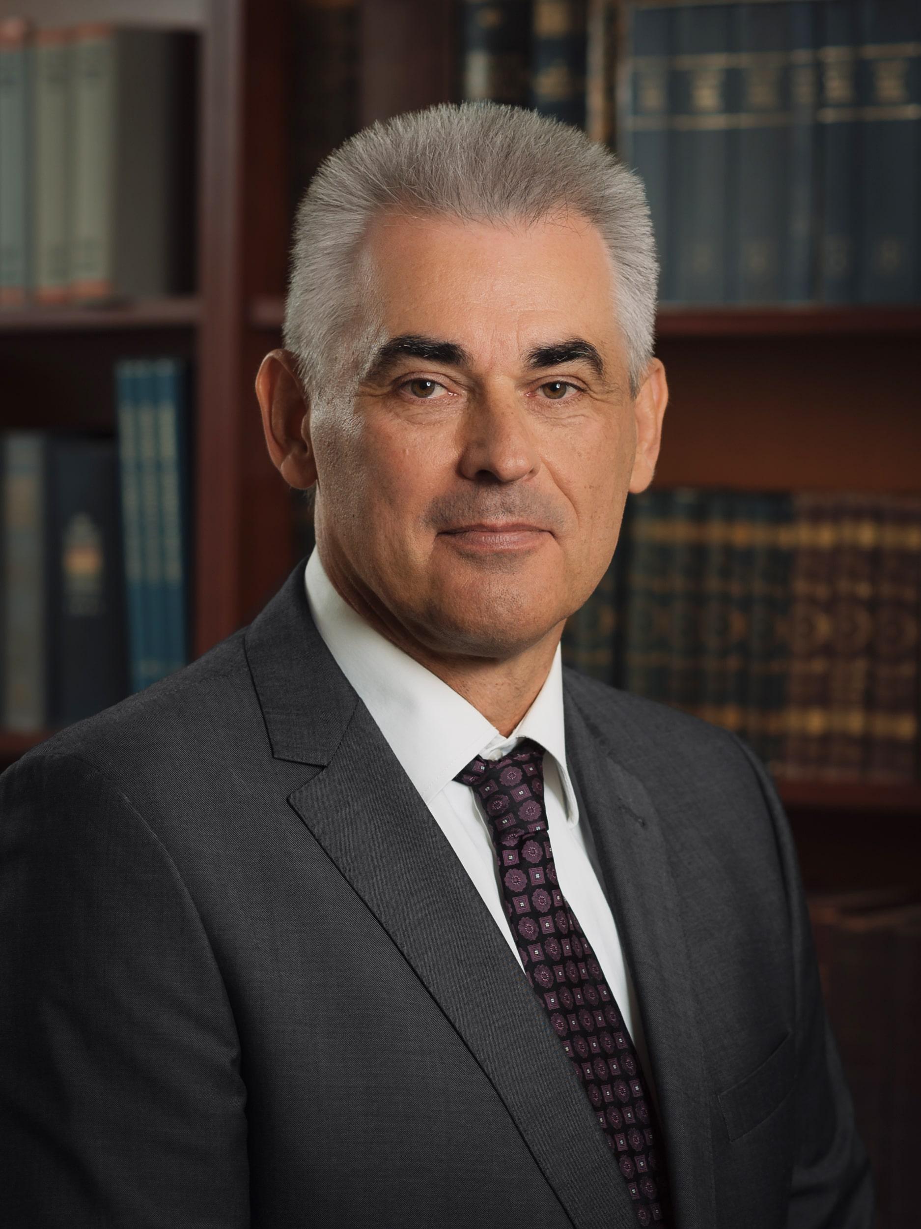 Доктор Шандор Хедьвари